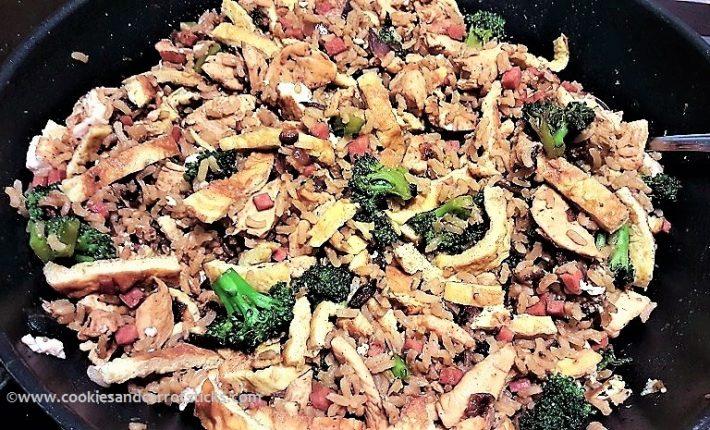 Nasi Goreng with Chicken, Broccoli & Tofu