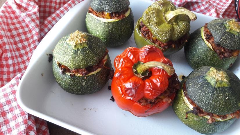 Stuffed zucchini and pepper