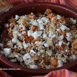 Bulgur salade met geroosterde pompoen, gerookte makreel en fetakaas