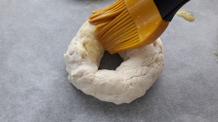 Brush each bagel with egg wash