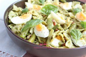 Pastasalade met groene asperges en rucolapesto